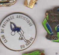 Pin's   PATINAGE ARTISTIQUE   DU HAVRE - Skating (Figure)