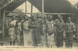 CP CONGO FRANCAIS ST-LOUIS-DE-L'OUBANGHI FEMMES CATECHUMENES DE LA MISSION KANAKA ET SA PIPE