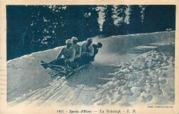 SPORTS  D'HIVER EN  BOBSLEIGH - Sports D'hiver