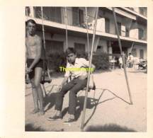 ANCIENNE PHOTO GARCON  VINTAGE PHOTO BOY TORSE NU NUDE ( 10 X 9 ) - Personnes Anonymes