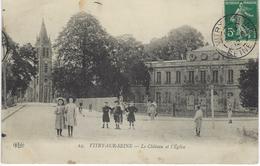 CPA 94 ( Val De Marne ) - VITRY Sur SEINE - Le Chateau Et L'Eglise - Vitry Sur Seine