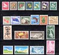 CI1041 - NUOVA ZELANDA 1960 , Serie Ordinaria N. 384/401  ***  MNH . Mancano Due Piccoli Valori (yvert386A+389A) - Nuova Zelanda