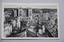 MONTPELLIER (HERAULT), Vue Générale Et Tours De La Cathédrale Saint-Pierre - Montpellier