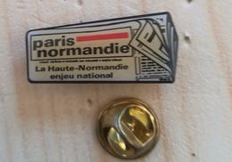 Pin's JOURNAL PARIS NORMANDIE     P5+ - Pin's