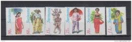 V9. Suriname - MNH - Cultures - Costumes