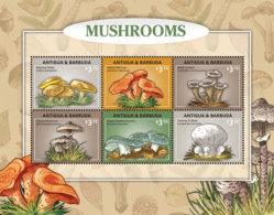 Antigua And Barbuda-2016-Fauna And Flora, Mushrooms Sheetlet - Champignons