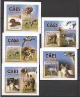 WW180 2010 GUINE-BISSAU PETS DOGS BIRDS CAES CACADORAS !!! CARDBOARD 5LUX BL MNH