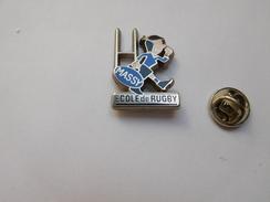 Beau Pin's En Zamac , Ecole De Rugby De Massy - Rugby