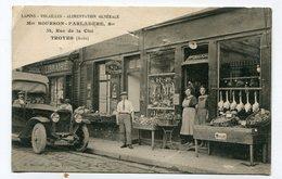 CPA  10  :  TROYES    La Maison Bourson Commerce Animé Avec Voiture     VOIR  DESCRIPTIF  §§§ - Troyes