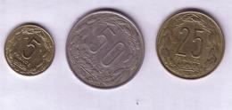 Lot N° 20- Lot De 3 Pièces De La République Centrafricaine De 5frs , 50frs Et 25 Francs - Central African Republic