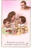 POSTAL    FAMILIA EN COLOR ROSA - Postales