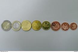 Complete Set Euro De Andorra 2014 Kursmunzen, 1-2-5-10-20-50 Cent 1-2 € UNC  With 1 And 2 Cent,    8 Coins!!!! - Andorra