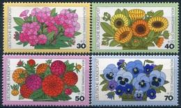 Y&T  N° 753-756 ** Flore