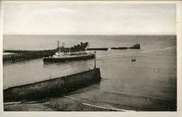 Carte Postale Sur Dieppe - L Entree De La Malle - Cpsm - Dieppe