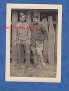 Photo Ancienne D'un Poilu - CHATEAU THIERRY - Soldat Du 8e Régiment D'Aviation Et Un Ami ? - Voir Uniforme Pose Garçon
