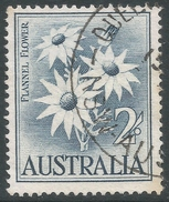 Australia. 1959-64 Definitives. 2/- Used. SG 323 - 1952-65 Elizabeth II : Pre-Decimals