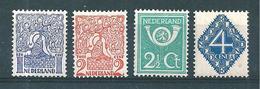 Pays Bas Timbres De 1923  N°107 A 110 Neufs *
