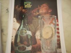 ANCIENNE PUBLICITE PERRIER 1968 UNE FRAICHEUR DE REVE - Posters