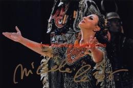Micaela Carosi Opera Signed Photo 19x12,5cm - Autogramme