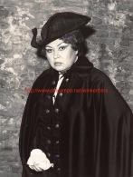 Ljiljana Molnar-Talajic Opera Photo 18x24cm - Photos