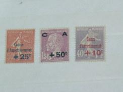 """LOT N°2 / 3 TIMBRES NEUFS SANS CHARNIERE """"   SEMEUSE ET PASTEUR SURCHARGES   """"  / TIMBRE 1900 A 1938 / COTE YT 135 EUROS"""