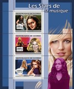 GUINEA 2007 SHEET THE STARS OF MUSIC LES STARS DE LA MUSIQUE SINGERS SINGER NORAH JONES MADONNA BRITNEY SPEARS Gu0774