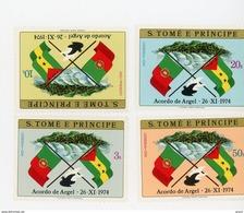 Sao Tome 1975-Indépendance-Drapeaux-MI 422/25***MNH-Valeur 8