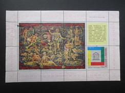 FEUILLET TIMBRE BURUNDI (M1699) Thème TAPISSERIE (2 Vues) UNESCO 14F