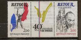 Triptyque 40ème Anniversaire De La Victoire N°2368 Et 2369 - Sheetlets