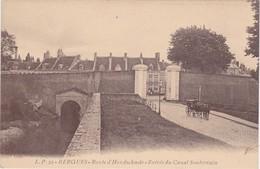 BERGUES - Route D'Honschoote - Entrée Du Canal Souterrain - Attelage - Bergues
