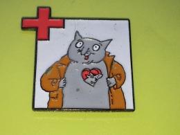 Pin 40 - CAT, MAUS - Animaux