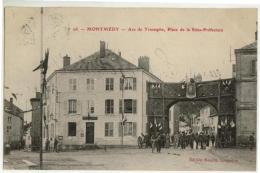 (55) 014, Montmédy, Naudin 26, Arc De Triomphe, Place De La Sous Préfecture - Montmedy