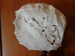 Coiffe  Ancienne A Restaurer Decor Papillon Brode-1749 - Children