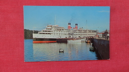 Canada   Dteamship Lines  Sagunay Cruise Ship     Ref  2592 - Paquebots