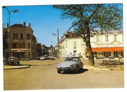 COSNE SUR LOIRE (58) CPSM Place De La Gare DS CITROEN - Voitures De Tourisme