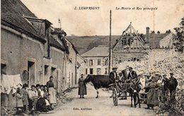LEUVRIGNY   - Mairie Et Rue Principale - Autres Communes