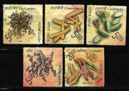 India 2009 Spices Of India Black Pepper Cinnamon Turmeric Coriander Chilly Cardamom Clove Set Of 5 Used Stamps # AR:30 - Used Stamps