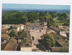 CPM: 71 - VARENNES-SAINT-SAUVEUR - VUE AERIENNE - LE CENTRE - France