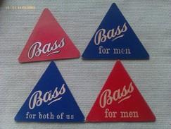 Lote 4 Posavasos Cerveza Bass Blue Triangle. Reino Unido. Años ´70 - Portavasos