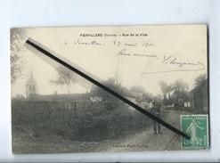 CPA  - Fienvillers - (Somme ) -  Rue De La Ville - Francia