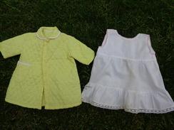Robe De Chambre Nylon Pour Poupee Et Sous Robe Fillette A Reajuster Pour Poupee - Autres Collections