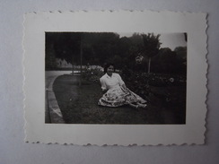 1 Photo - Portugal Mulher Jardim (xr5) - Personas Anónimos