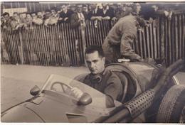 64 Pau - Photo Carte Grand Prix Automobile Années 50 Pilote (Fangio ? ) à Identifier. Tb état Voir Verso. - Grand Prix / F1