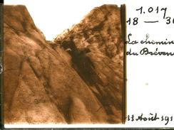 Belle Photo Sur Plaque De Verre Stéréo - Chamonix - La Cheminée Du Brévent - Alpinisme - Plaques De Verre