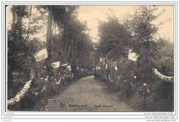 BATTINCOURT ..-- AUBANGE ..-- Route Décorée . Vers BRUXELLES ( Mme Urbain LALIEU ) . Voir Verso . - Aubange