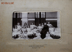 TARN ET GARONNE : GRANDE PHOTO DU LYCEE DE JEUNES FILLES DE MONTAUBAN  EN JUIN 1901 - Phot.de JONGH Fréres Neuilly - Old (before 1900)