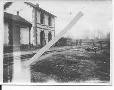 Aisne Soldats Allemands Devant La Gare De Cuisy En Almont Laval 1 Photo 1914-1918 14-18 Ww1 - Guerre, Militaire