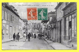 CPA 03 DOMPIERRE Sur BESBRE ☼ Avenue De La Gare - ( Salon Coiffure ) - France
