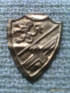 Emblema De Auxilio Social De Aragon. Guerra Civil Española. 1936-1939. Bando Nacional. Seccion Femenina De Falange - 1939-45