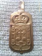 Emblema De Auxilio Social De Canarias. Guerra Civil Española. 1936-1939. Bando Nacional. Seccion Femenina De Falange - 1939-45